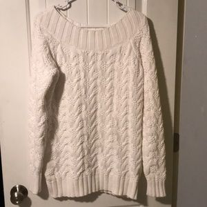 Vineyard Vines Large Cable Knit White Sweater